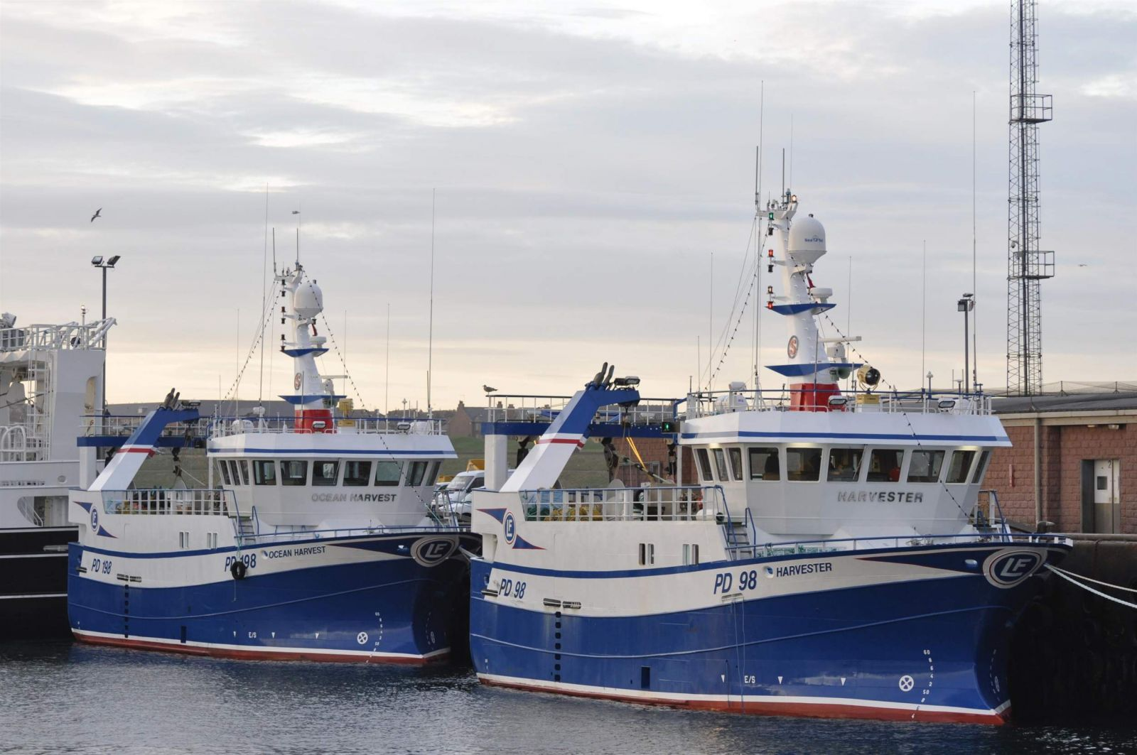 Ocean Harvest PD 198 and Harvester PD 98