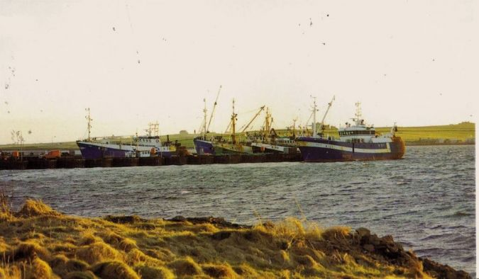 Peirowall harbour