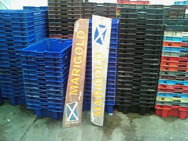 marigold nameplates