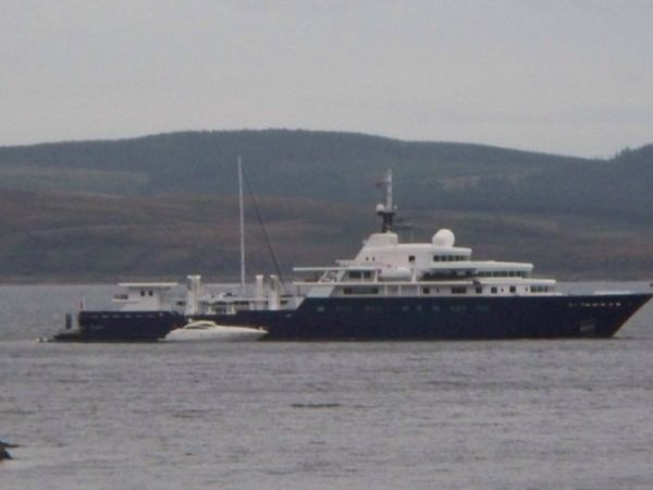 The Russians visiting Tarbert